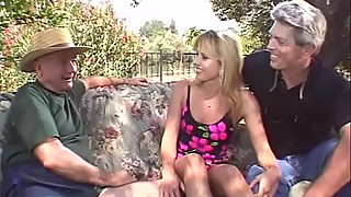 Outdoor threesome blonde, swinger wife