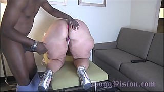 Married gilf anal fucked 30 years younger big black cock